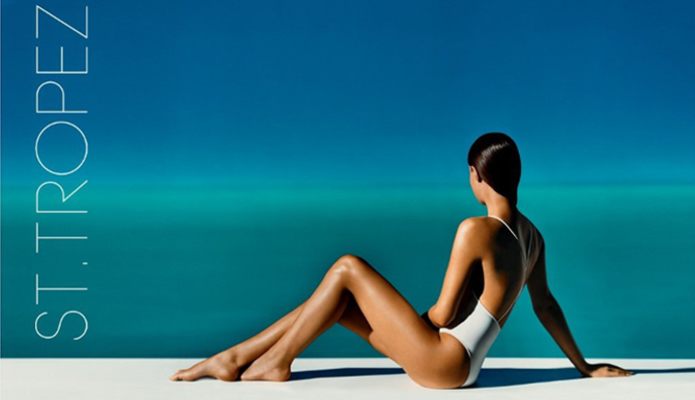 Saint Tropez Ultimate Tan est la marque convoitée des célébrités en terme de Bronzage pour un hâle naturel qui réponds à tous les tons de peaux. L'ambassadeur de la marque d'auto-bronzant mondiale est Kate Moss.